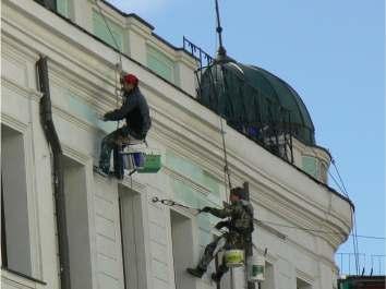 Ремонт і реставрація фасадів будівель в Івано Франківську